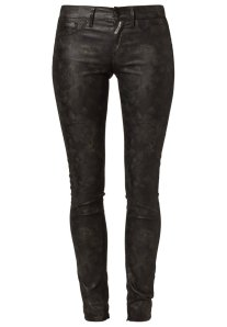 jeans vampiro