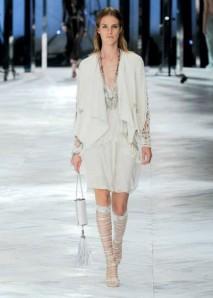 minidress-e-giacca-bianchi